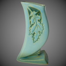 Roseville Pottery Oak Leaf Silhouette Vase 781-6