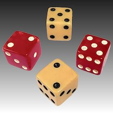 Bakelite Dice Sets 2 Pair Red & Creamed Corn