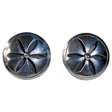 Mexican Sterling Domed Cut Daisy Design Screw Back Earrings