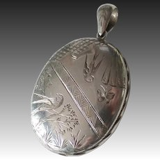 Antique Engraved Sterling Silver Birds & Flowers Aesthetic Locket
