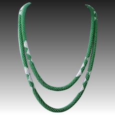 Art Deco Woven Green Glass Seed Bead Rope Flapper Necklace
