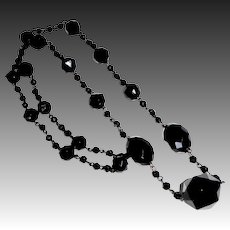 Antique Victorian Mourning Necklace Glass & Jet Beads