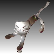 Beau Sterling Sculptural Kinetic Cat Pin c1960s