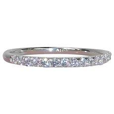 14k White Gold Sparkling Diamond Band Ring sz 9