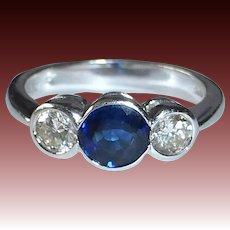 Classic 18k White Gold Ring Diamond & Sapphires
