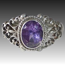 Sterling & Faceted Amethyst Ring w Filigree Sides