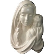 Haeger Matte White Madonna & Child Vase/Wall Pocket