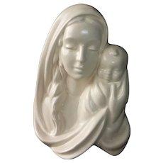 Haeger Matte White Madonna & Child Vase/Wall Pocket