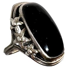Arts & Crafts Sterling Ring w Onyx Cabochon