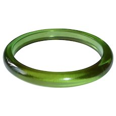 Art Deco Green Prystal Bakelite Bangle Bracelet