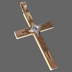 14k Yellow Gold Cross w Diamond 14k Chain