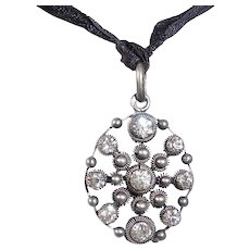 Victorian Handcrafted Pendant w Sparkling Paste Stones