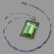 Art Deco Peridot Glass Jewel Rhodium Plate Necklace