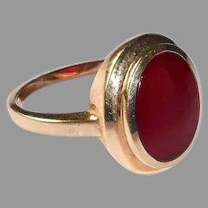 10k Carnelian Signet Style Ring