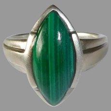 Sleek Sterling Ring w Marquise Malachite