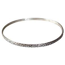 Beau Sterling Daisy Pattern Bangle Bracelet