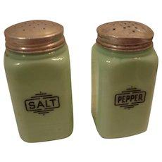 McKee Jadite Salt & Pepper Range Set