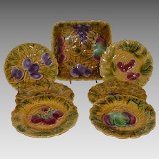 Majolica Set ~ Bowl with 6 Plates ~ Fruit ~ DIGOIN AND VITRY-LE-FRANCOIS (Sarreguemines, France) – 1920-1950