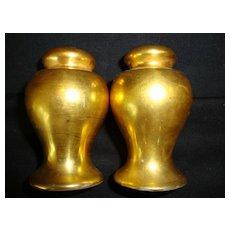 Nice Nippon All over Gold ( AOG ) Salt & Pepper Shakers ~ Noritake Nippon 1890-1921
