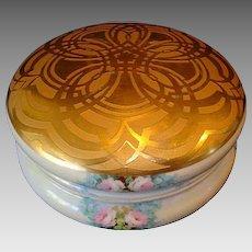 "Outstanding Limoges Porcelain Large 7 ¾"" Dresser Box or Bon Bon Box ~ Hand Painted Gold Embossed Lid & Pink Roses~ Artist Signed & Dated ~ William Guerin Limoges France 1901-1910"