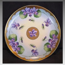 Gorgeous Limoges Porcelain Cabinet Plate ~ Stouffer Studio Decorated with Gold and Purple Violets ~ Artist Initialed ~ GERARD, DUFRAISSEIX & ABBOT (GDA) - LIMOGES (France) - ca 1906 - 1914