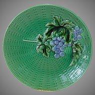 Bright & Beautiful German Majolica Grape Plate ~ ZELL United Ceramic Factories - GEORG SCHMIDER (Germany) - ca 1907 +