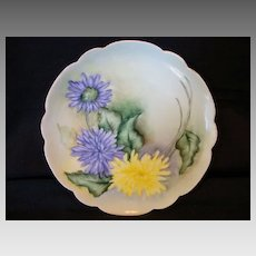 """Exceptional Bavarian Porcelain Cabinet Plate ~ Hand Painted with Yellow  & Purple Spider Mum Flowers ~ Artist """"Lebovitz"""" Signed ~ Bavaria 1910"""