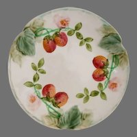 """Wonderful French Majolica 8 ½"""" Plate with Red Ripe Strawberries ~ Boulenger Choisy-le-Roi, France 1860-1910"""