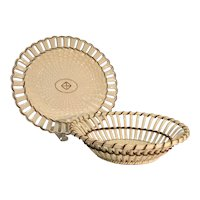 """Wedgwood Creamware Woven """"Twig"""" Basket and Stand ca. 1800"""