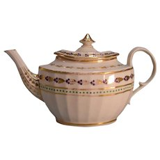 English Porcelain Teapot ca. 1810