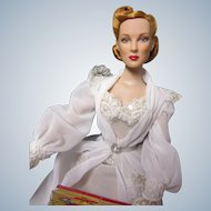 "Tonner exquisite 16"" Anne Harper with  factory ensemble"