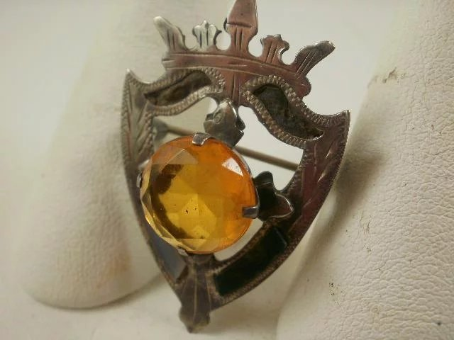 Victorian scottish agate shield brooch collectable jewels from victorian scottish agate shield brooch click to expand aloadofball Image collections