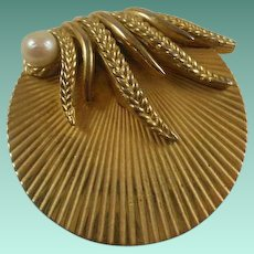 Vintage Boucher Gold Toned Glass Pearl Pin