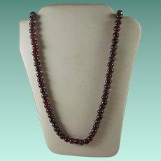 Retro Era Garnet Bead Necklace