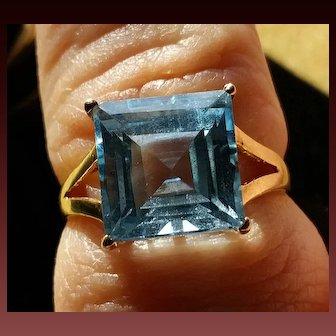 14k Yellow Gold Aqua Ring