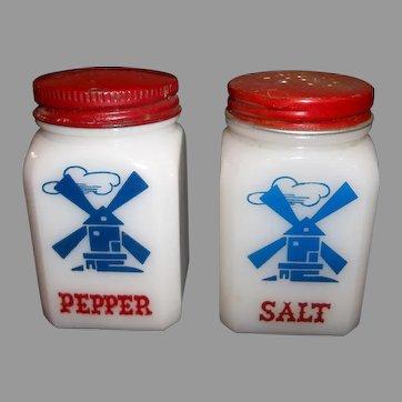 Hazel Atlas Windmill Salt & Pepper Range Shaker Set