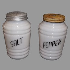 Hazel Atlas Round Ribbed Platonite Salt & Pepper Shaker Set