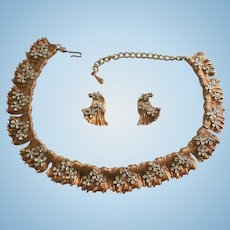 Rare 3-D Raised Rhinestone Gold-Plated Draping Metal Bib Necklace Set