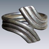 Mid Century Modernist Sterling Silver Ring Size 7