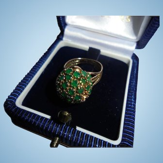 Fabulous 14K Gold Genuine Emerald Cocktail Ring Size 4 Domed Bee-hive