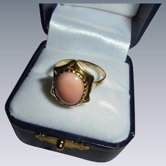 18K Gold Angelskin Coral Six Point Star Framed Ring Size 7 3/4