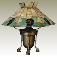 Lovely Brickwork Rose Leaded Slag Glass Lamp w/ Claw Footed Base