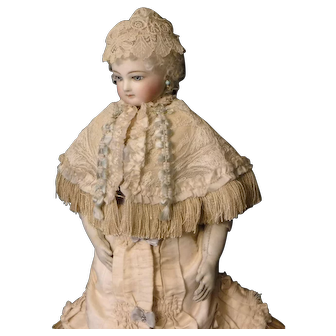 Cream Colored Lace Cape for French Fashion Doll