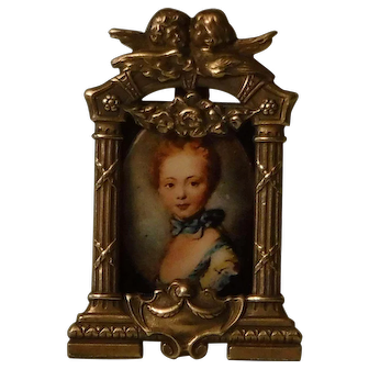 Vintage Petite Metal Picture Frame for your Antique French Fashion Doll