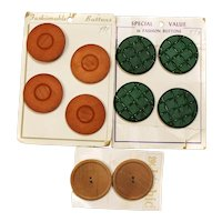 10 Large Buttons 8 Plastic @ Wood New On Cards PERFECT