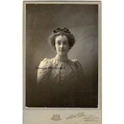 Antique Lady Cabinet Card 1890s Photograph