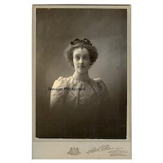 Antique Lady Cabinet Card 1890s Photograph