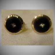 Round Gold Tone Cuff Links - Free Shipping