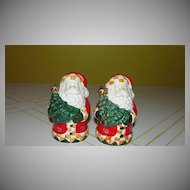 Father Christmas with Tree Salt and Pepper shakers - b40