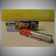 Athearn HO Santa Fe Locomotive  Engine #5944 - b30